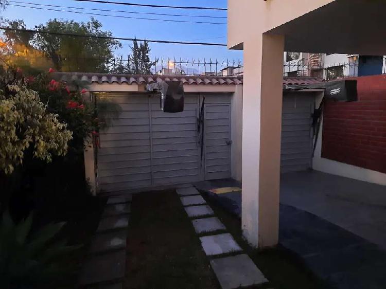 Hermosa casa familiar en JLB y Rivero