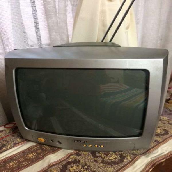 Tv Philips a color En buen estado