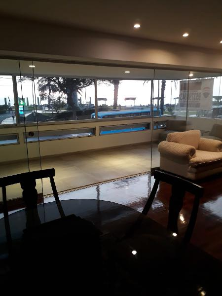 Exclusivo y elegante departamento con Vista al Mar!!