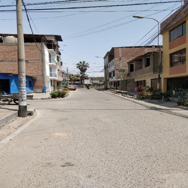 Se Vende Casa Como Terreno 200m2 Cerca a Hospital Maria
