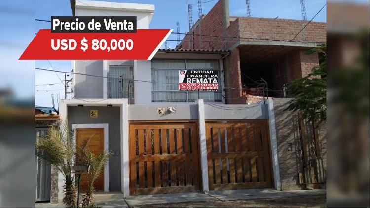 ENTIDAD FINANCIERA REMATA Casa de Dos Pisos en Urb. Los