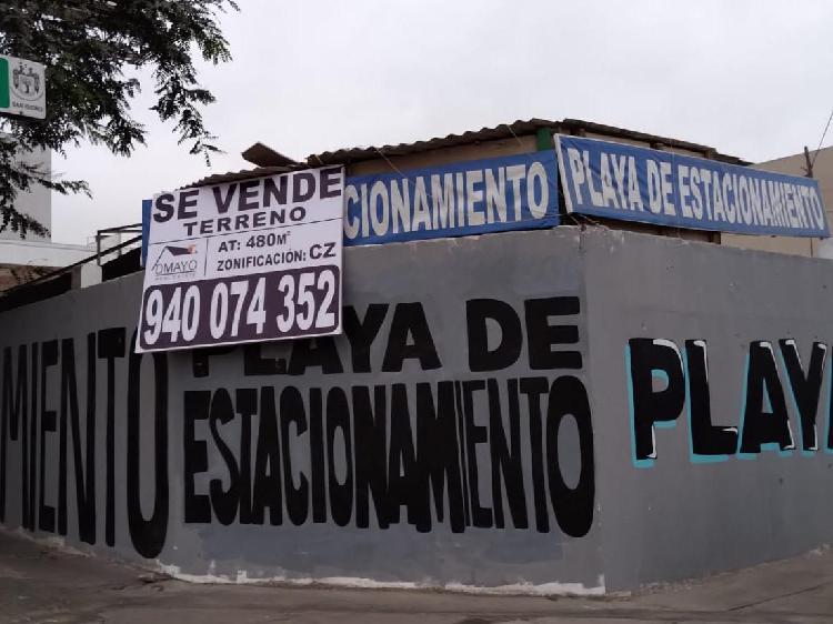 SE VENDE TERRENO DE 480M2 EN ZONA ESTRATÉGICA DE SAN ISIDRO