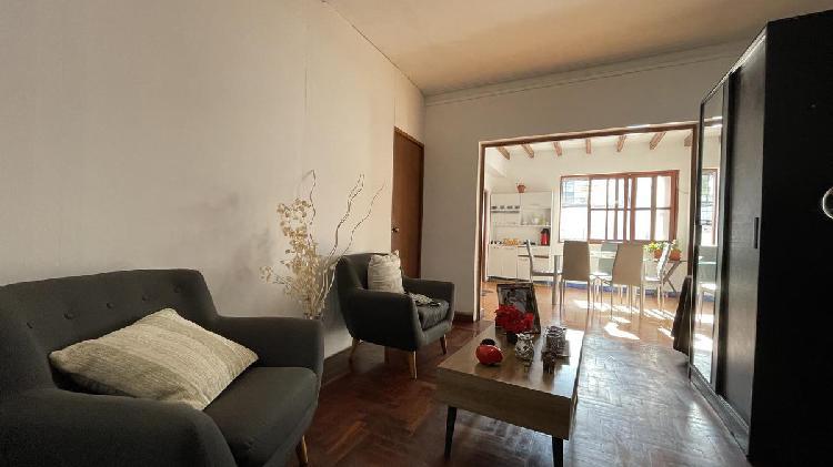OPORTUNIDAD Casa de 2 pisos en Urb. San Antonio, Miraflores
