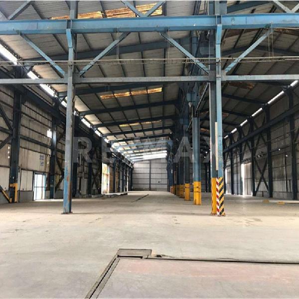 Local Industrial en Alquiler en Centro industrial las